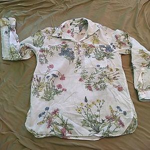 Gap floral white long-sleeve blouse